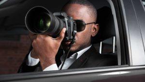 nyc-private-investigator-taking-photos